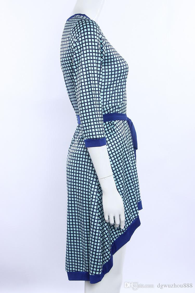 Gelinlik Düzensiz Elbise Avrupa Ve Amerika Moda Büyük Dipli Üç Kollu Baskı Kollu Günlük Elbiseler 8104