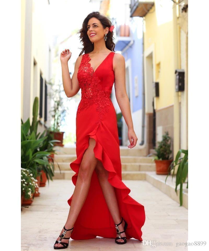 2019 Hot Red Prom Vestidos Sexy cuello en V Alto Bajo Tul Apliques de encaje Ruffles Sheer Back Vestidos Fiesta formal Vestidos de fiesta Ropa de noche