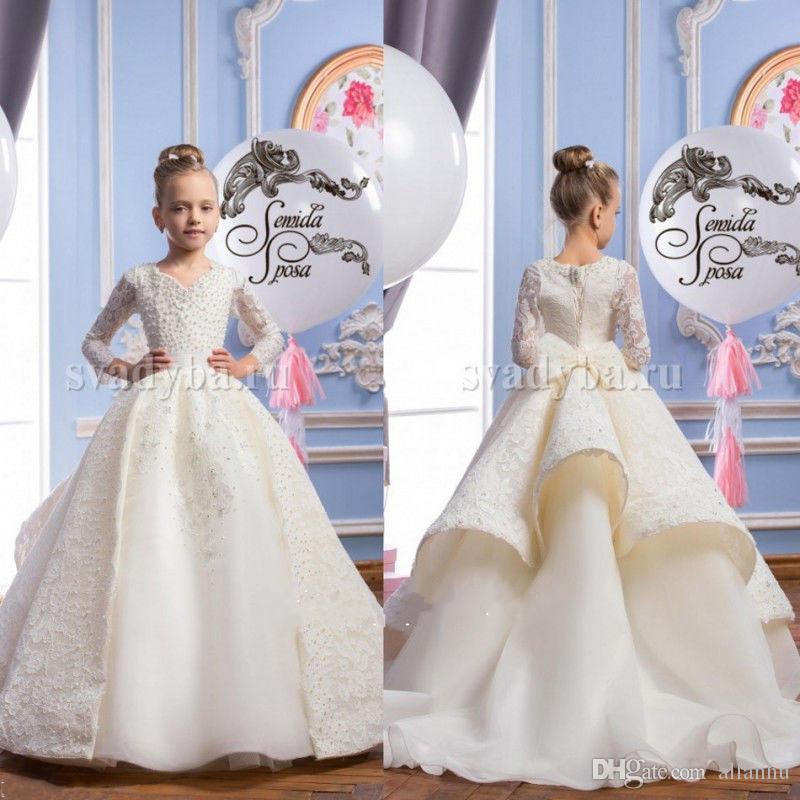 Neue Ankunft 2017 Mädchen Festzug Kleider Long Sleeves mit Perlen Perlen Erstkommunion Kleider V-Ausschnitt Spitze Ballkleid Blumen Mädchen Kleider