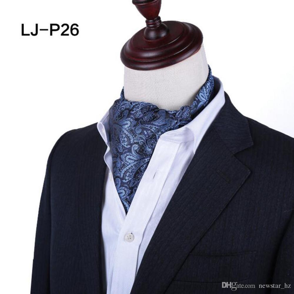 Vêtements, accessoires Cravat Cravates/noeuds pap/foulards