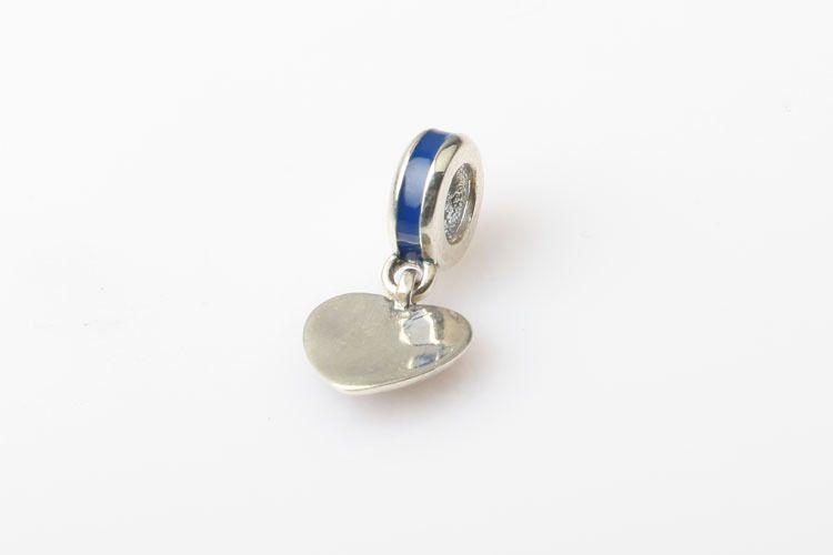 Neue USA Flaggen Charms mit bunten Emaille Herzen Baumeln Reize Perlen 925 Sterling Silber Schmuck Passt europäisch Armband DIY Machen HB302