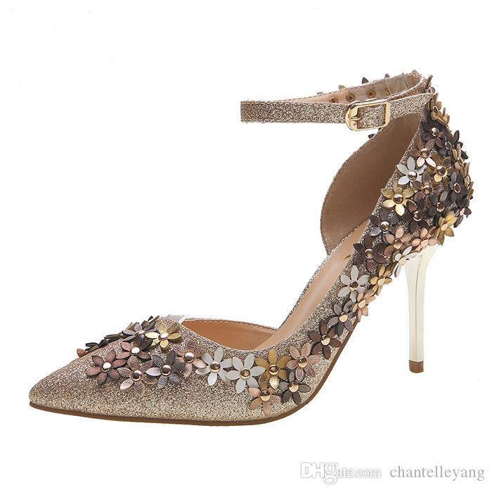 e3af7219e Compre 2016 Oro Plata Rojo Zapatos De Boda De Las Señoras Zapatos De Mujer  De La Nueva Moda Tacones Altos Cuentas De Flores Sparking Cabeza Acentuada  ...