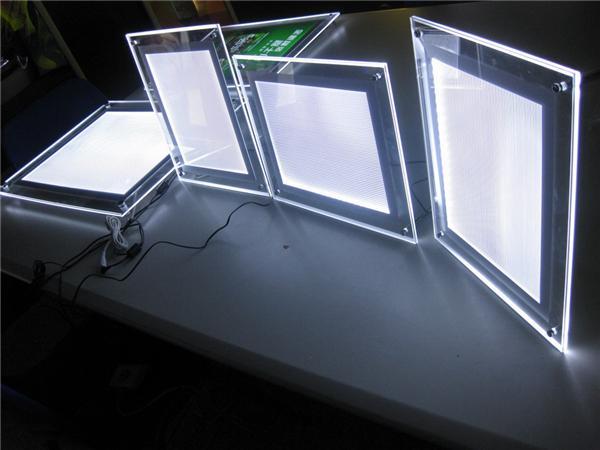 FREIES VERSCHIFFEN Factory Outlet 400 * 600MM Kristalllichtkasten, ultra dünner LED-Lichtkasten geben Verschiffen frei
