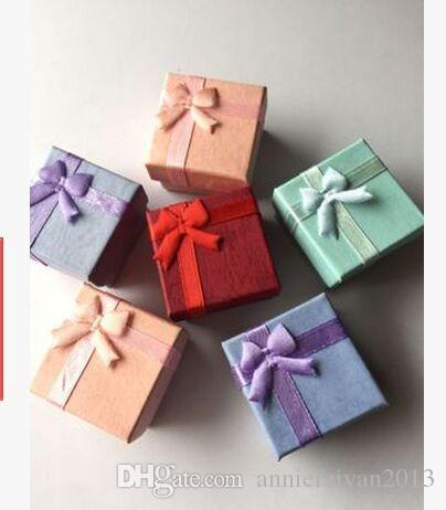 / 4 * 4 * 3cm Boucles d'oreilles Bagues Bijoux Cadeaux Boîtes Emballage / Emballage / Emballage Affichage Affichage Boîte Cas Bins Armoires avec Bowknot