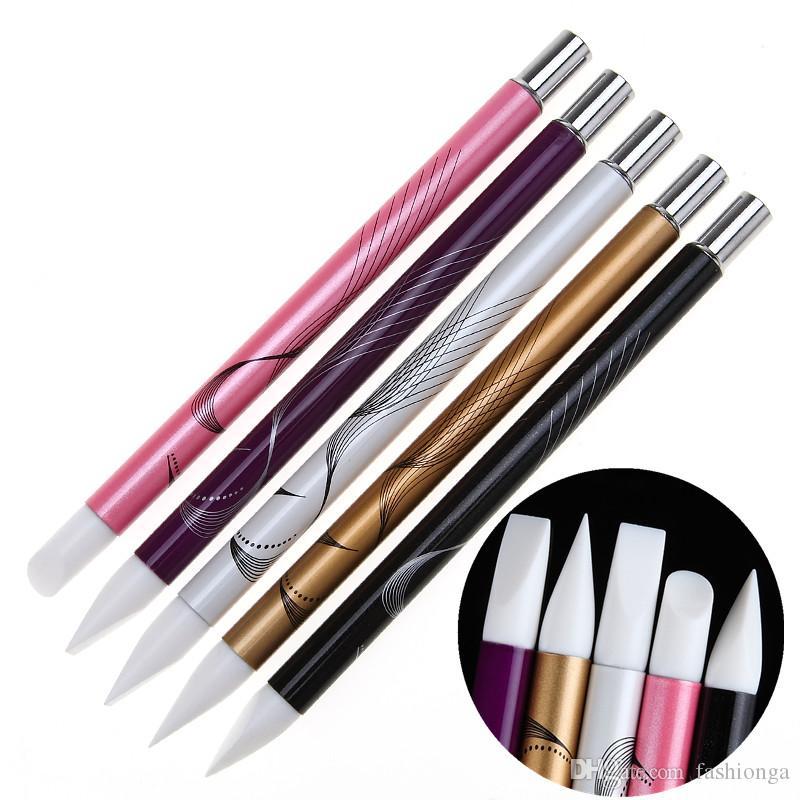 Set di 5 pennelli in silicone unghie in metallo con testa in acrilico in polvere colorata