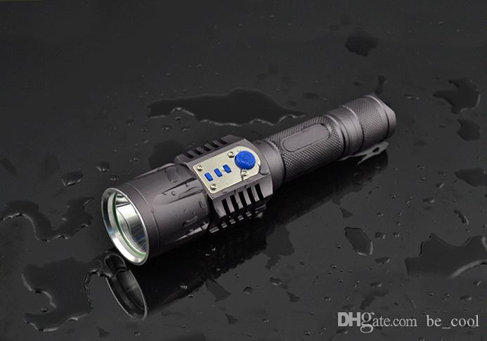 Schlagstock mit integrierter taschenlampe und signallicht