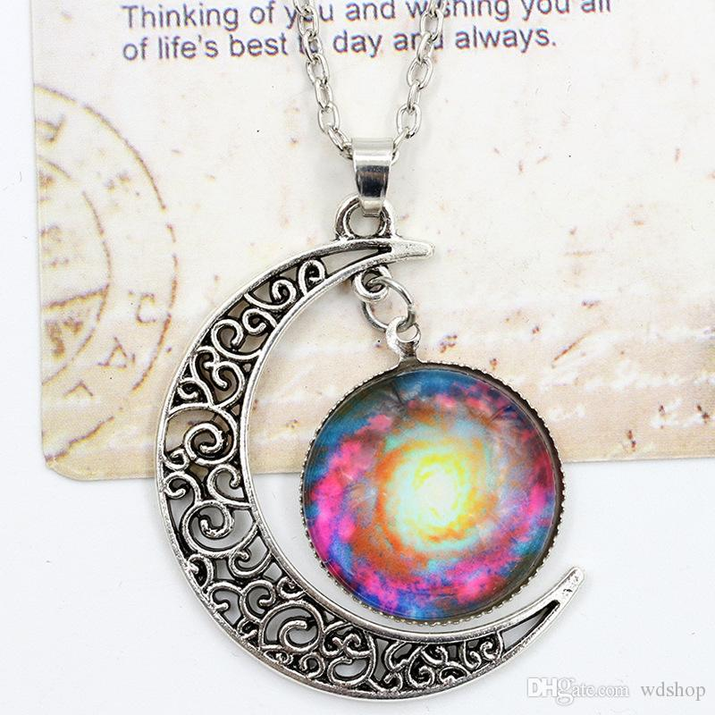 Vintage Moon Phase Pendant Necklace 36 Styles Starry Sky Moon Face Outer Space Dark Universe Starry Camo Gemstone Pendant Necklaces