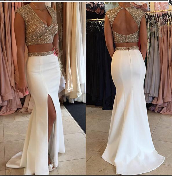 2018 Lado de Split sirena vestidos de noche con cuentas cuello en V la parte posterior atractiva de dos piezas formal blanco Partido Prom Vestidos Vestidos de Fiesta encargo más