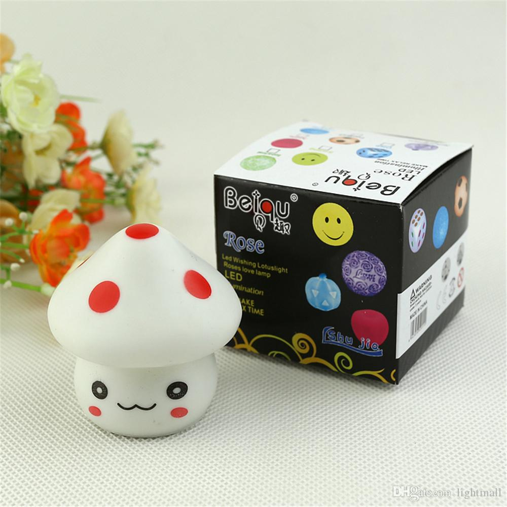 Neue Nette LED Pilz Lampe 6,5 cm Farbwechsel Party Lichter Mini Weiche Baby Kind Schlafen Nachtlicht Neuheit Leuchtendes Spielzeug Geschenk
