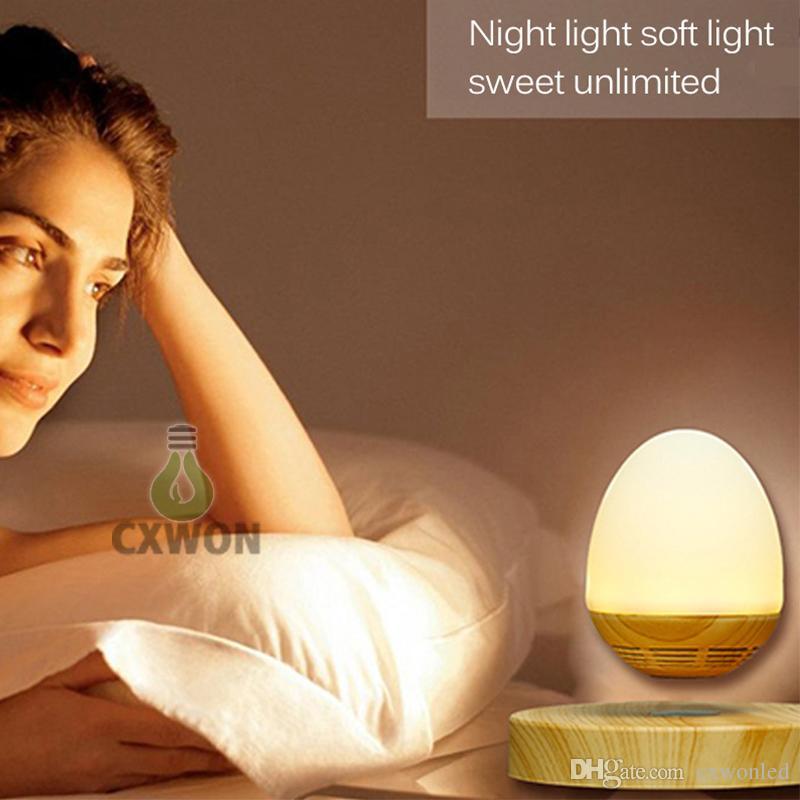 Schwimmende tragbare Magnetschwebebahn drahtlose Bluetooth-Lautsprecher Lampe mit Magnetschwebebahn Tischlampe geeignet für Home-Office-Dekoration
