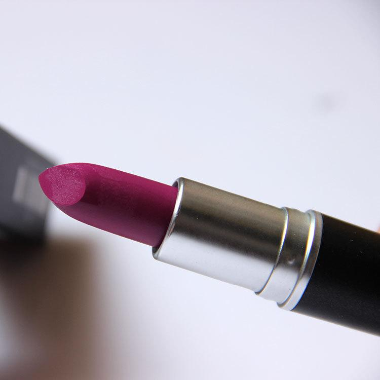 M Makeup Luster Lipstick RUBY WOO CANDY YUM YUM Frost Matte Lipstick 3g with english name B523