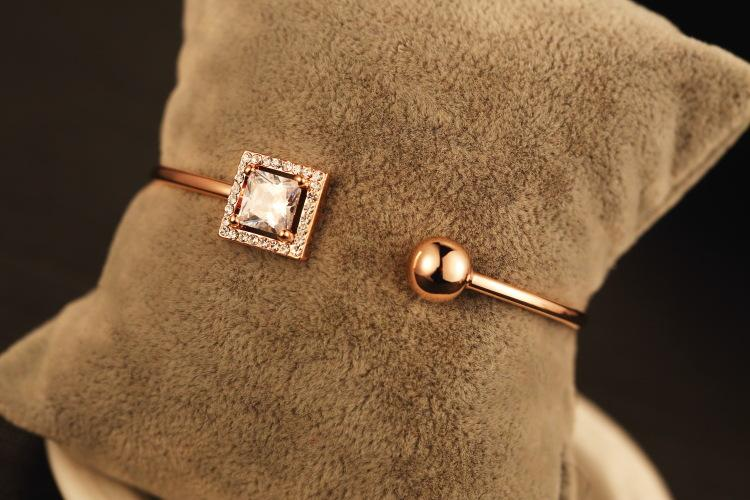 Marque designer Grand cristal Bracelet jonc 18 K rose plaqué or bijoux de mode meilleur cadeau pour les amoureux Top Grade 2016 Date