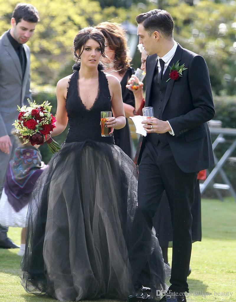 2018 Halter Black Wedding Dresses Lace Applique Bridal Dress Tiered Tulle Gowns Vestidos De Novia Custom Made Backless Puffy China