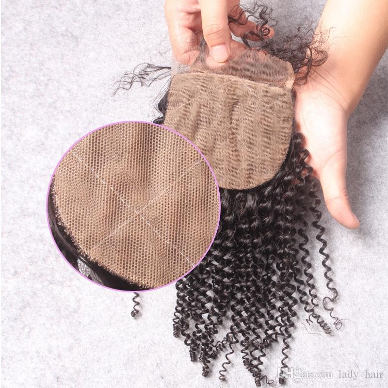 Reines brasilianisches verworrenes gelocktes Haar mit 4x4 Silk Basis Schließung Virgin brasilianische Seide Top Verschluss mit menschlichen Haarwebart Bundles