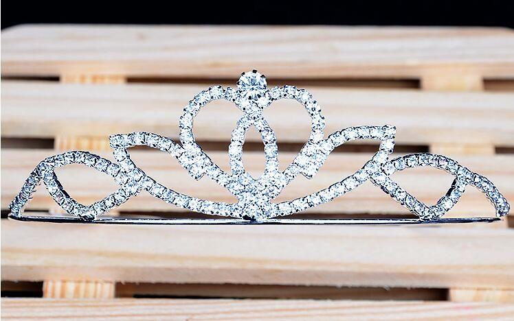 2016 Crown tiaras Christmas pageant princess birthday wedding /party high quality crystal silver tiara crown