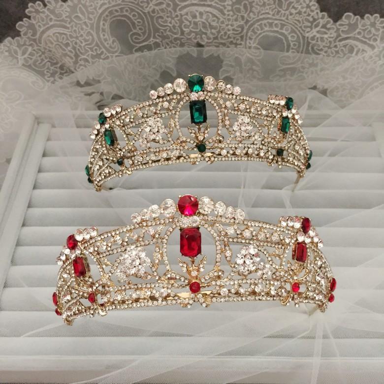 تيجان ملكية  امبراطورية فاخرة Gorgeous-dramatic-beauty-swarovski-bridal