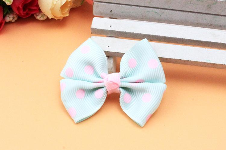 Pet accessoires à la main tissu bowknot coréen Chien accessoires en gros pet en épingle à cheveux mélange couleur animal de compagnie toilettage