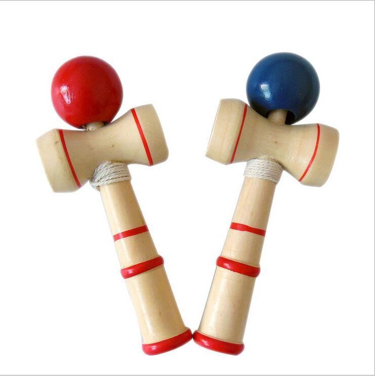 Kid drôle Kendama Savoir-faire boule traditionnelle japonaise Épée Boule de bois Balles de jeux de jouets éducatifs cadeaux gros