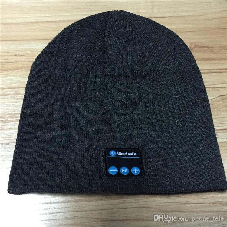 Bluetooth Music Hat Warm Beanie Cap With Stereo Headphone Headset Speaker Wireless Microphone Headgear Knitted Caps for Iphone 7 Plus New