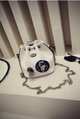 2016 new fashion handbags. Single shoulder bag, satchel. Metal chain, bucket bag. Casual Bags. Lady bag. Mini bag.