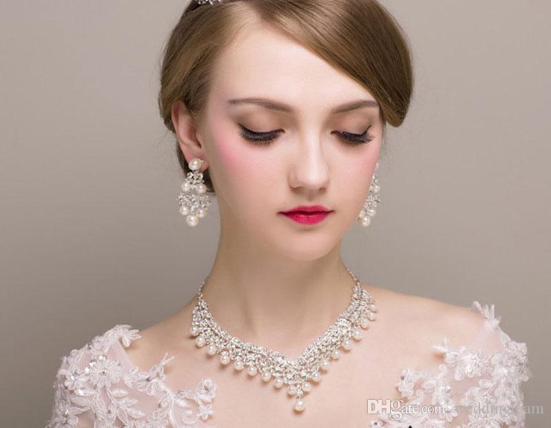 Lüks Rhinestones Gelin Takı Setleri İnciler Gümüş Kristaller Düğün Kolye Ve Küpe Gelin Balo Akşam Parti Aksesuarları Için