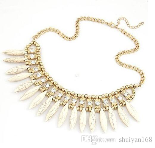 Bohemian Crystal Pendant Chain Choker Chunky Statement Rhinestone Wolf Tooth Necklace For Party Wedding Choker Chain