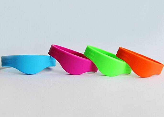 Smart Rewearable MF Ultralight RFID Silicone Wristband