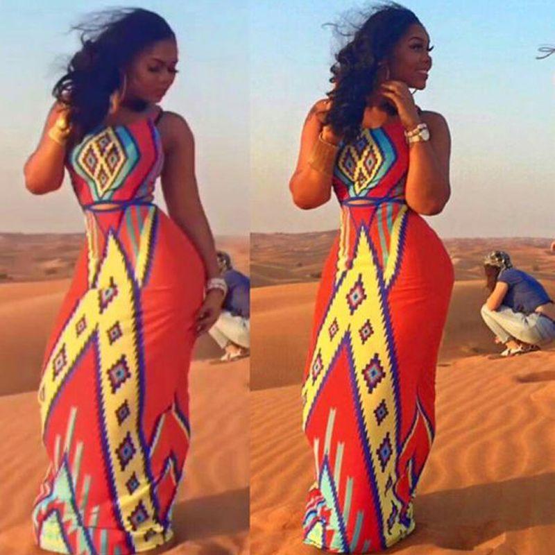 Летние Платья 2019 Летний Стиль Sexy Выдалбливают Backless Beach Long Dress Vintage Печати Плюс Размер Maxi Dress Женщины Vestido