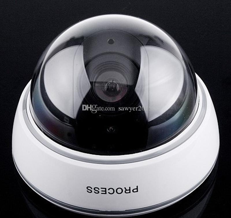 Telecamera falso alimentata a batteria Flicker LED lampeggiante Telecamera dome fittizia coperta Telecamera di sorveglianza CCTV wireless domestica DVR di sicurezza in scatola al minuto