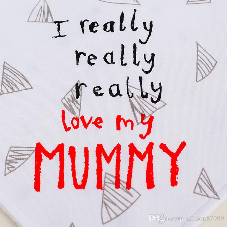 Bebek Önlükler Bebekler Burp Örtüleri Tükürük Havlu üçgeni Mumyayı seviyorum Gerçekten babamı seviyorum Sevimli harfler Slabbetjes Bandana Besleme Eşarp 2019