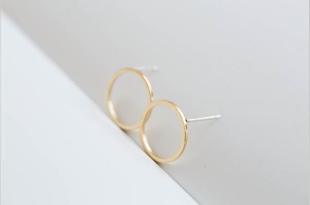 Im Jahr 2016 die besten zusammengesetzten Ohrringe des Kreises zusammengesetzte neue Art und Weisefrauen reizende Ohrringe des freien Verschiffenfrauen-Feiertags