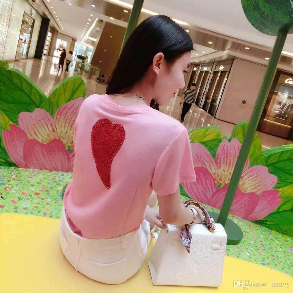 Yeni yaz 2016 couture pisti kısa kollu güzel çilek işlemeli pembe gevşek ince aşk t-shirt görünüyor