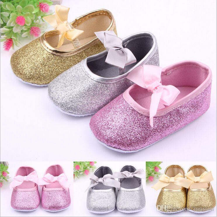 1073f7b3b96f 2019 Baby Wedding Shoes Baby Girls Blingbling Toddler Shoes With Bow  Leisure Collocation Sandals Shoes Cute PU Leather Pink Gold Silver 3Colour  From Junsion ...