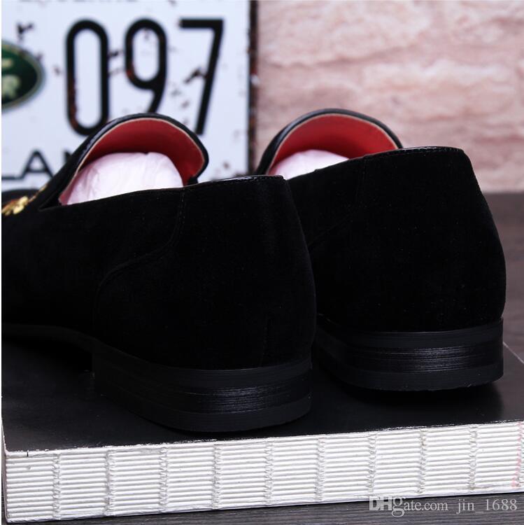 새로운 패션 남자 벨벳 슬리퍼 라인 석로 퍼스 슬립 온 캐주얼 남성 플랫 럭셔리 웨딩 드레스 공식적인 신발 운전 구두