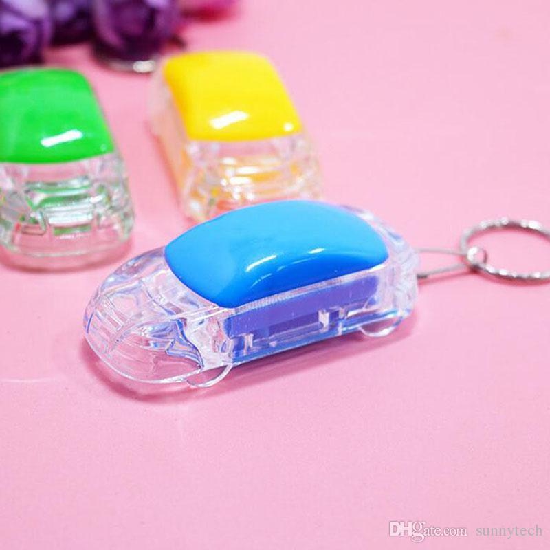 Creative Mini Voiture Forme Porte-clés Lumière LED Lampe De Poche Porte-clés Accessoires De Voiture Accessoires De Mariage De Fête D'anniversaire Favor ZA4543