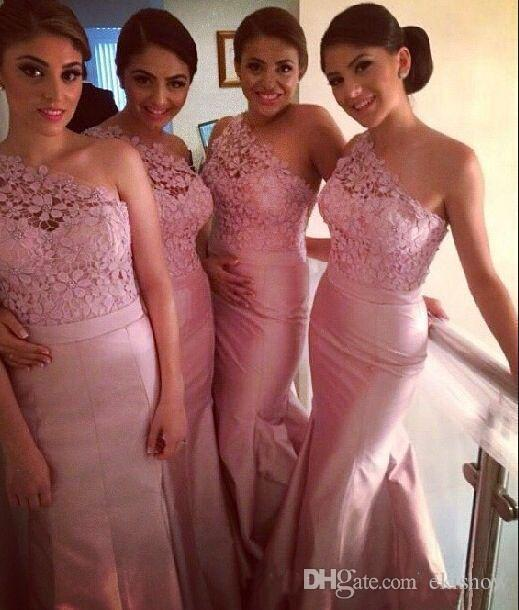 Günstige Afrikanische Rosa Backless One Shoulder Spitze Meerjungfrau Brautjungfer Kleider Spitze Blush Pink Taft Hochzeit Formale Kleider mit Band