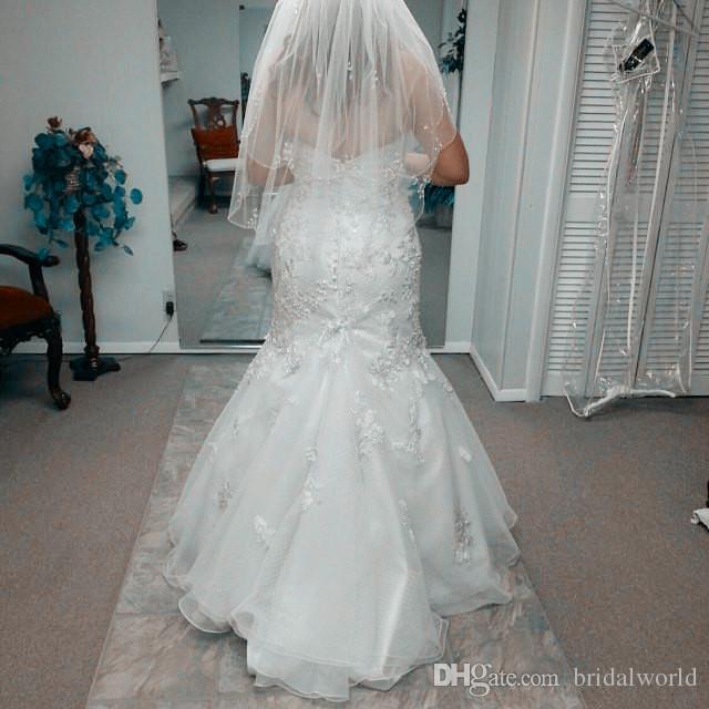 Hot Short Brautschleier White Ivory Brautschleier mit Kamm Zwei Layer mit Pailletten Perlen Braut Haarschmuck Perlen Rand Brautschleier