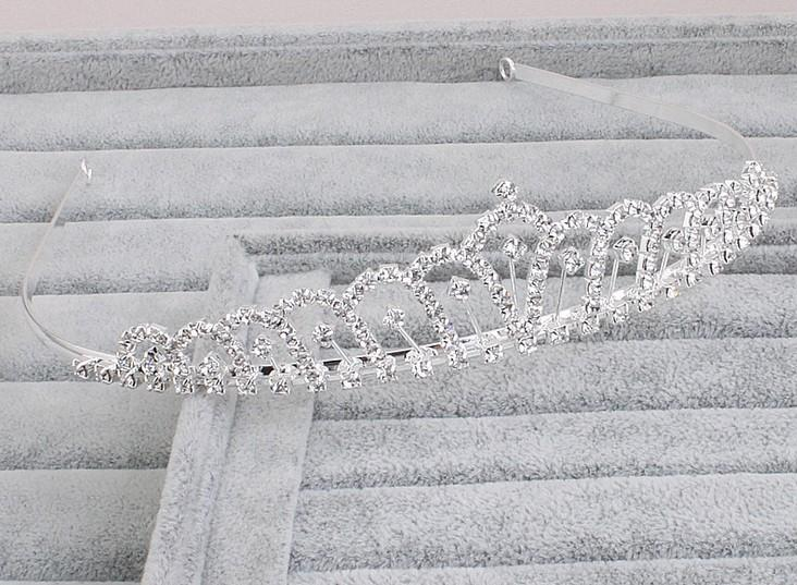 Pretty Strass Tiara Krone Exquisite Stirnband Kamm Pin Hochzeit Braut Geburtstag Tiaras Braut Kopfstücke Braut Haarschmuck