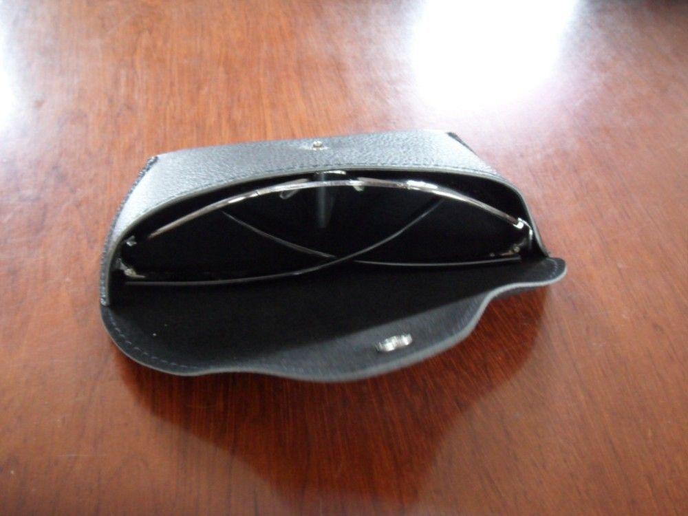 Suave bolsa de sunglass de cuero de PU con botón de forro de terciopelo cierre estuche deslizable
