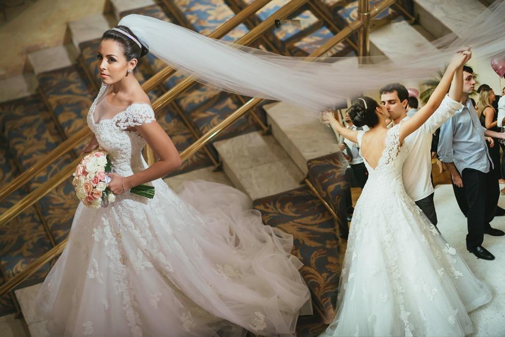 Weiße Spitze Sheer Neck Vintage Brautkleider Vestidos de Novia 2016 Applique Spitze Tüll Sexy Backless Modest Brautkleid