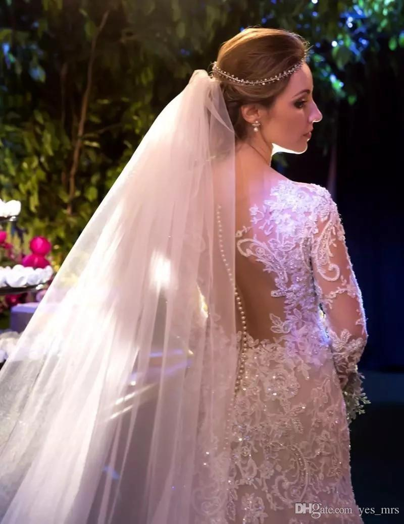 2018 Robes De Mariée Sweetheart Full Lace Appliques Cristal Perlé Illusion Sheer Dos Ouvert Avec Bouton Manches Longues Plus La Taille Robes De Mariée