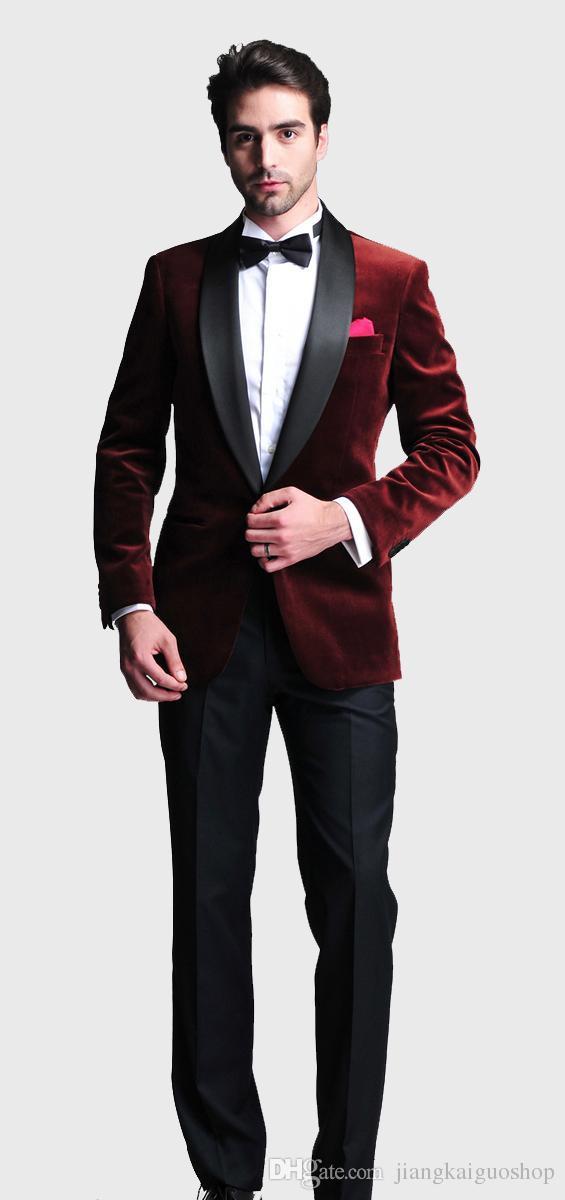 بورجوندي المخملية يتأهل 2015 العريس البدلات الرسمية الدعاوى الزفاف مخصص رفقاء العريس أفضل رجل prom الدعاوى السراويل السوداء سترة + سروال + ربطة الانحناءة + المنديل