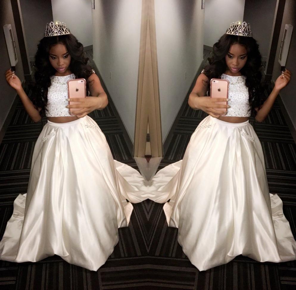 Ausgezeichnet Off White Prom Kleider Ideen - Hochzeit Kleid Stile ...