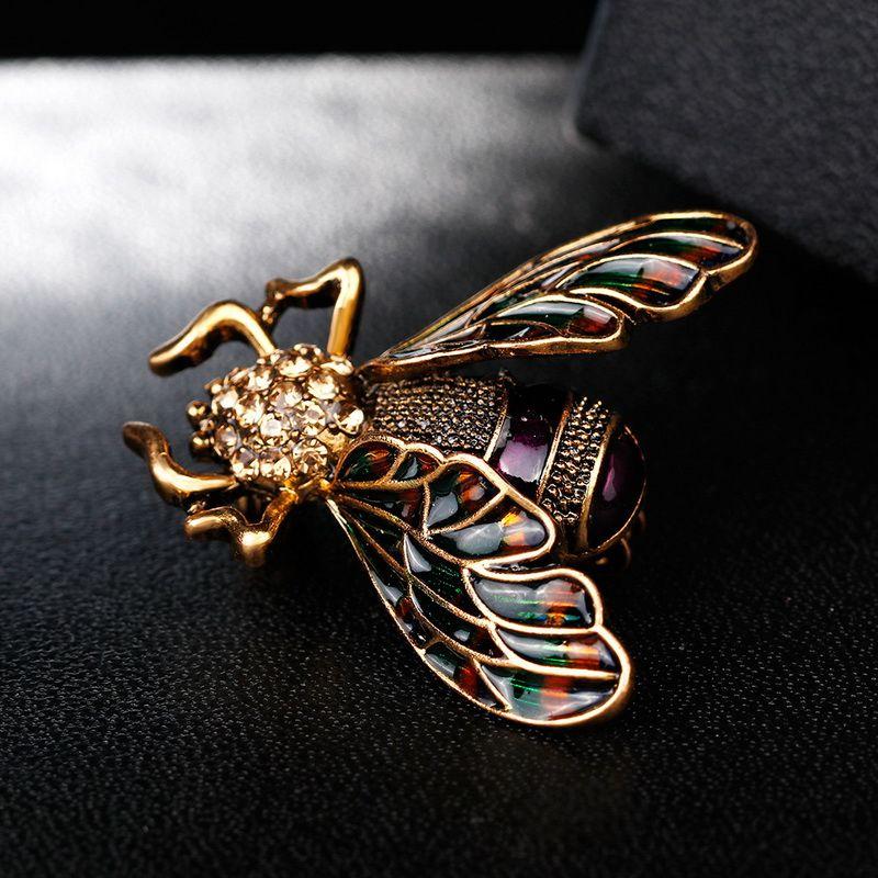 Lindo Colorido Abeja Broche Pin Nuevo diseño Aceite Esmalte Animal Broche Pin Broches Bufandas de Las Mujeres Al Por Mayor