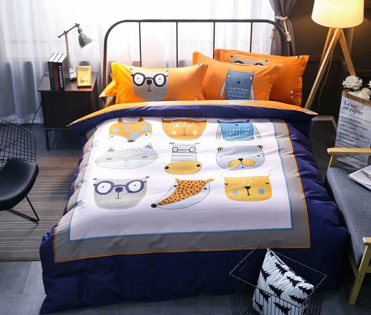 100%cotton fabric brused bedding set bed cover bed sheet and pilliw case four pieces twill weaving cartoon designs mutural color aishang