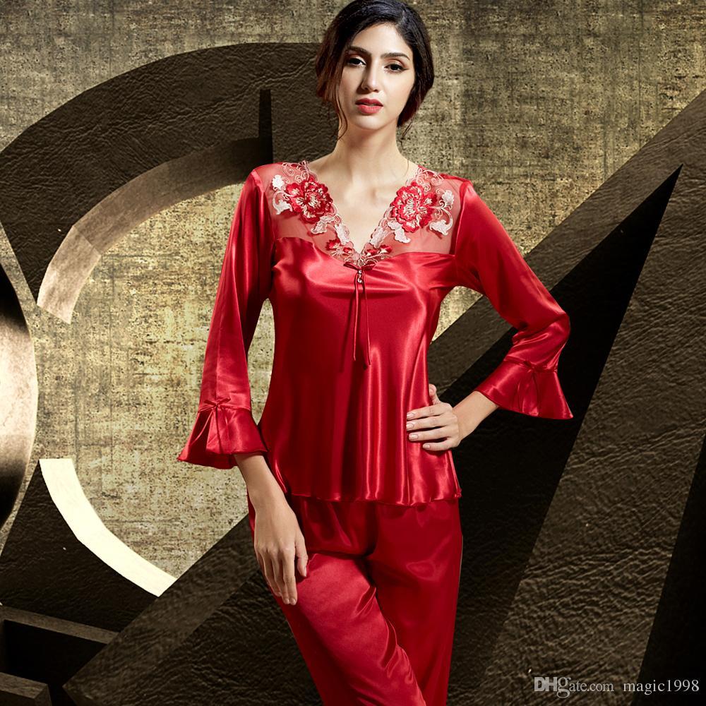 24d9244b2b Acquista 2017 Moda Rosso Donne Pigiama Ruffles Tre Quarti Manica Da Notte  In Pizzo Ricamo V Collo Pigiama Femminile Spedizione Gratuita 6411 A $36.74  Dal ...