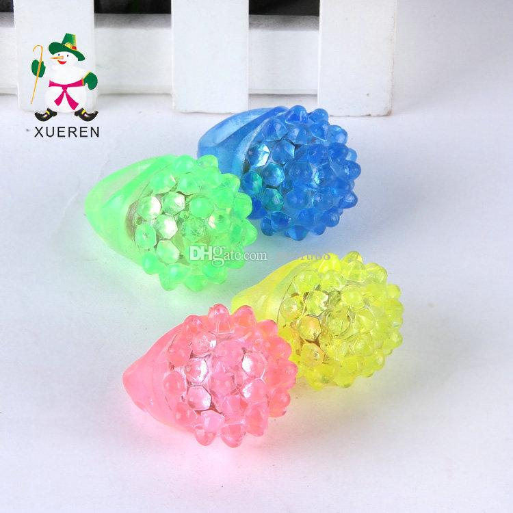 LED Finger Ring Strawberry Crystal Elastic Rubber Ring Light LED Flashing Mix Colors For Halloween Christmas Festival Kid Light-Up Toy