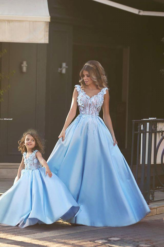 2016 Aqua Blue Lovely Flower Girl Dresses Beautiful Mother and Daughter Gowns V Neck with 3D Floral Flower Long Kids Dresses BA1763