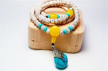 Braccialetto Bodhi. Braccialetto di perline Hot fashion edition di gioielli. Perle di trasporto. Ornamenti le mani, offerta speciale all'ingrosso. Gioielleria di moda.