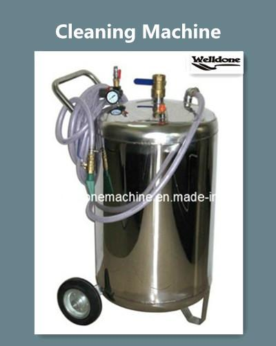 Oil tank cleaning equipment